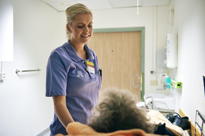 Emma Nordström Tryggvård.se en webbplats från Sveriges läkarförbund. Med Trygg vård och tryggvård.se vill vi synliggöra Sveriges läkare.