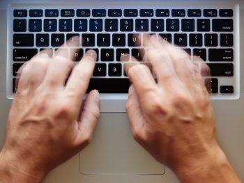 skriva debattartikel via dator